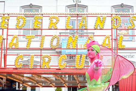 Johnson Petfoods hoofdsponsor Circus Herman Renz