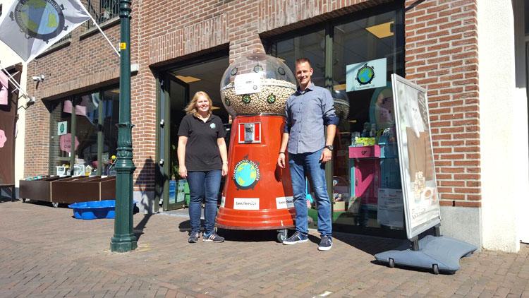 't Dierenparadijs Zoetermeer heeft koekjesautomaat voor de deur