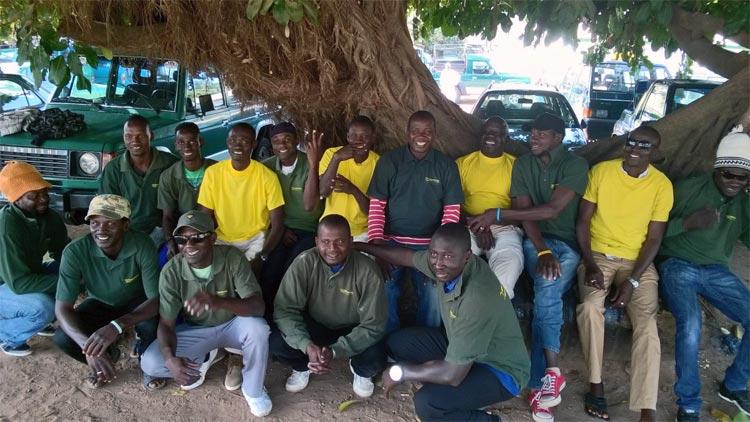 Oude bedrijfskleding Uw Groene Vakwinkel in Gambia