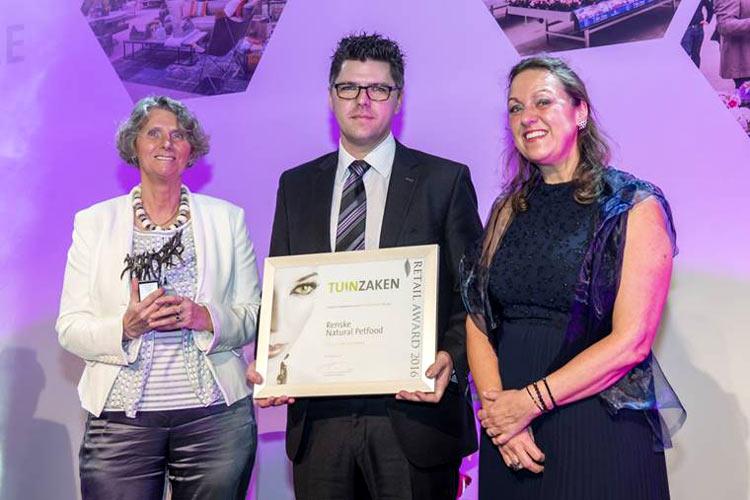Renske wint Tuinzaken Retail Award 2016