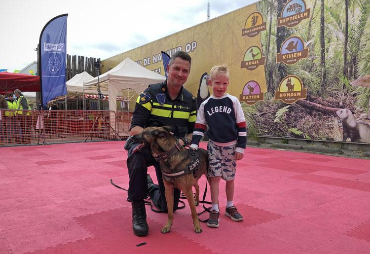 DogPop met Bumper de politiehond