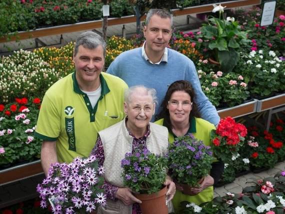 De familie Stolzenbach: André, Peter, moeder Annie en Sjannie