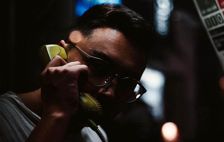 Dwingende telefoontjes