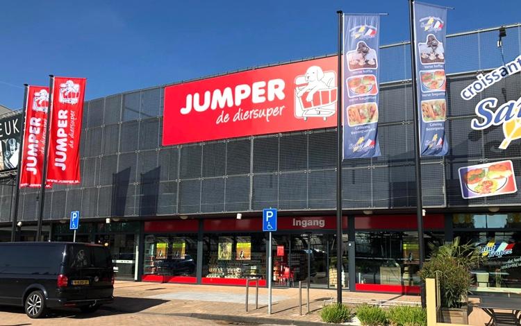Jumper Dordrecht opent deuren